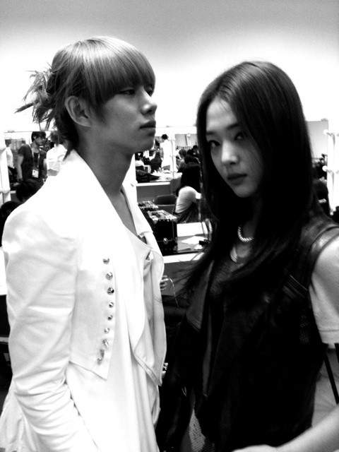 [Pic]Heechul and Sulli again >_